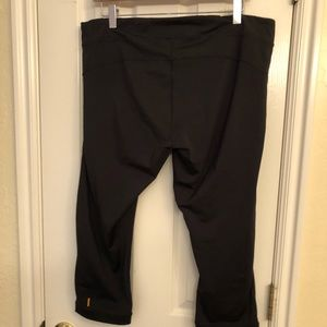 Lucy active black legging XL like new